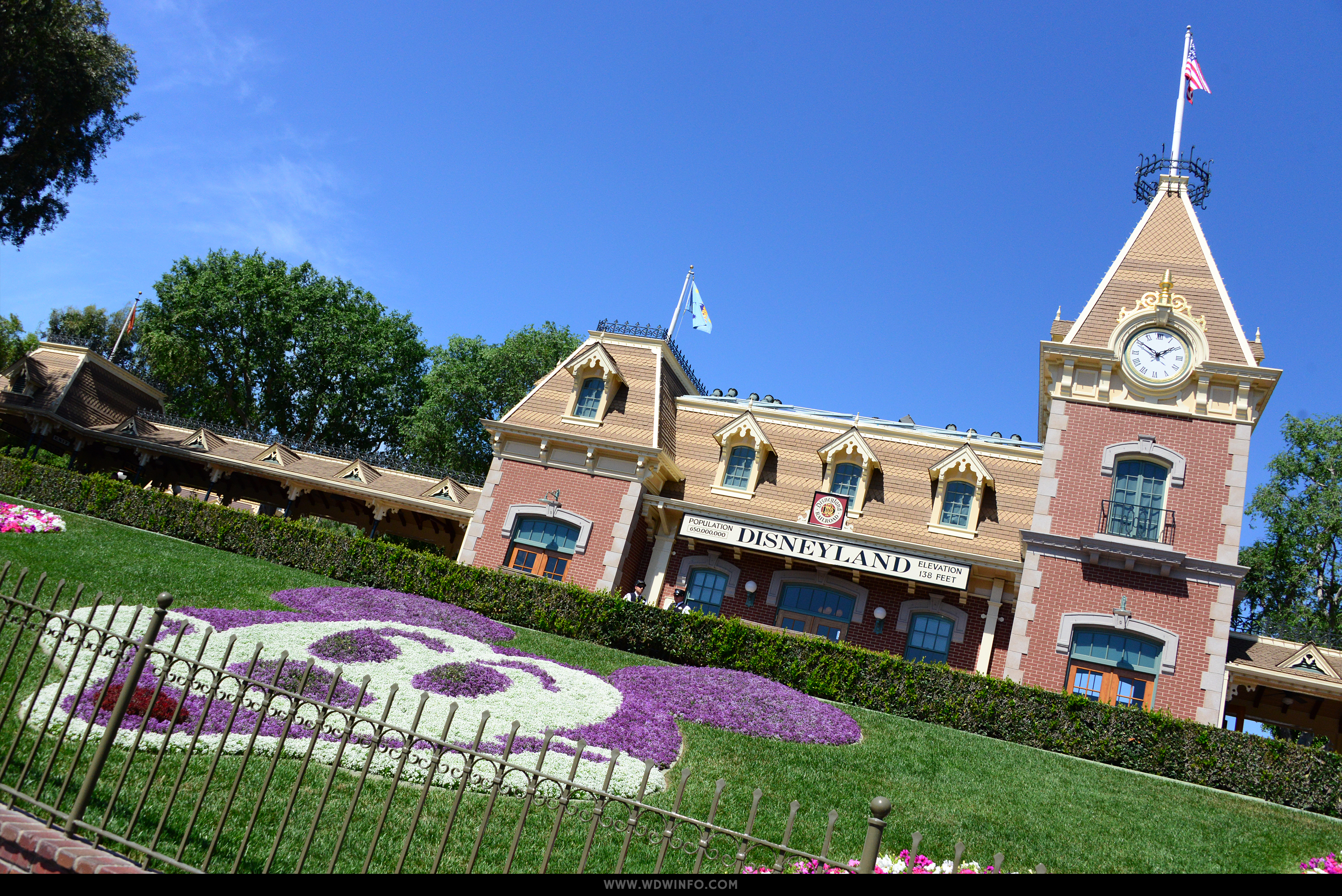 disneyland-maingate Disneyland Maingate Hotels Map on disneyland hotel, disneyland main entrance, disneyland orlando, disneyland at halloween time, disneyland marquee,